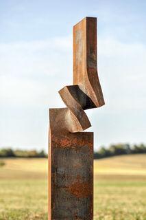 "Skulptur ""Vertikale Entwicklung 270 Grad"" (2017) (Unikat), Stahl"