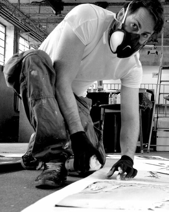 Der Künstler Van Ray in Aktion